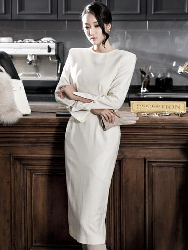 D3440 Barnes pearl slimming wool dress (3reorder)
