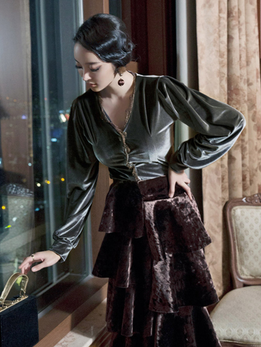 B2142 Avengers Muse velvet Blouse * cardigan can be worn * (30th REORDER)