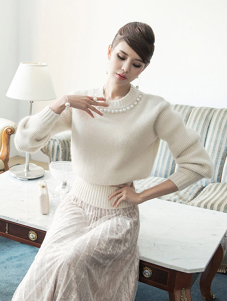 E1854 Neck Pearl angora Knit (30th REORDER)
