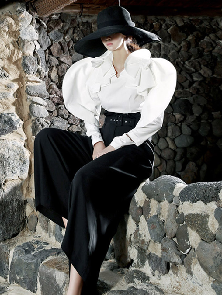 B1985 Frill corsage slit Blouse (6th order)