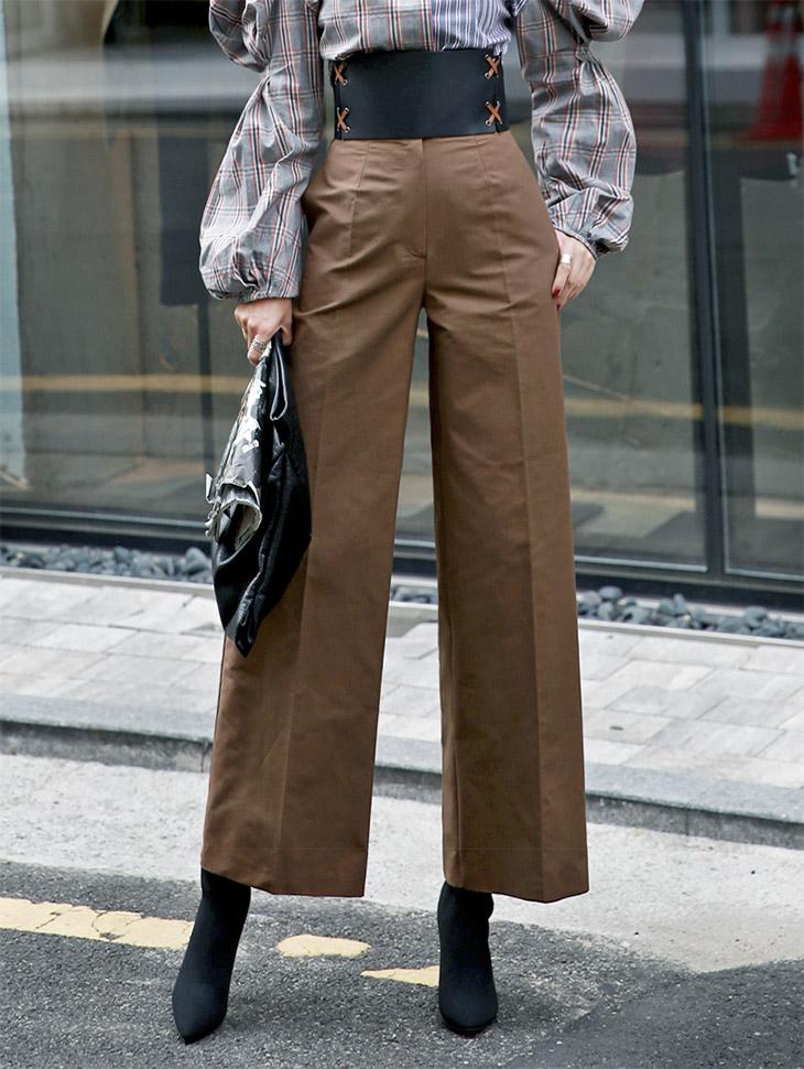 P1759 Necklace Basics Slacks * Brown color *