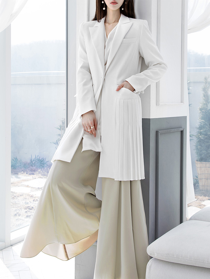 J-4888 pearl Trimming Tailored Pleats Jacket * Ivory color *