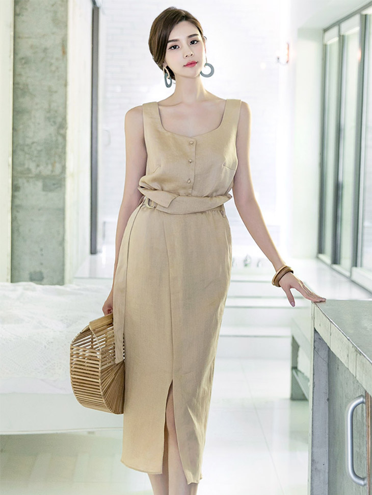 B2234 Neutral Butting Sleeveless Linen Blouse * Khaki color *