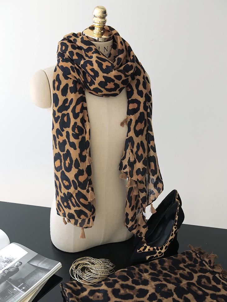 AS-1305 Pauline Leopard Tassel Scarf
