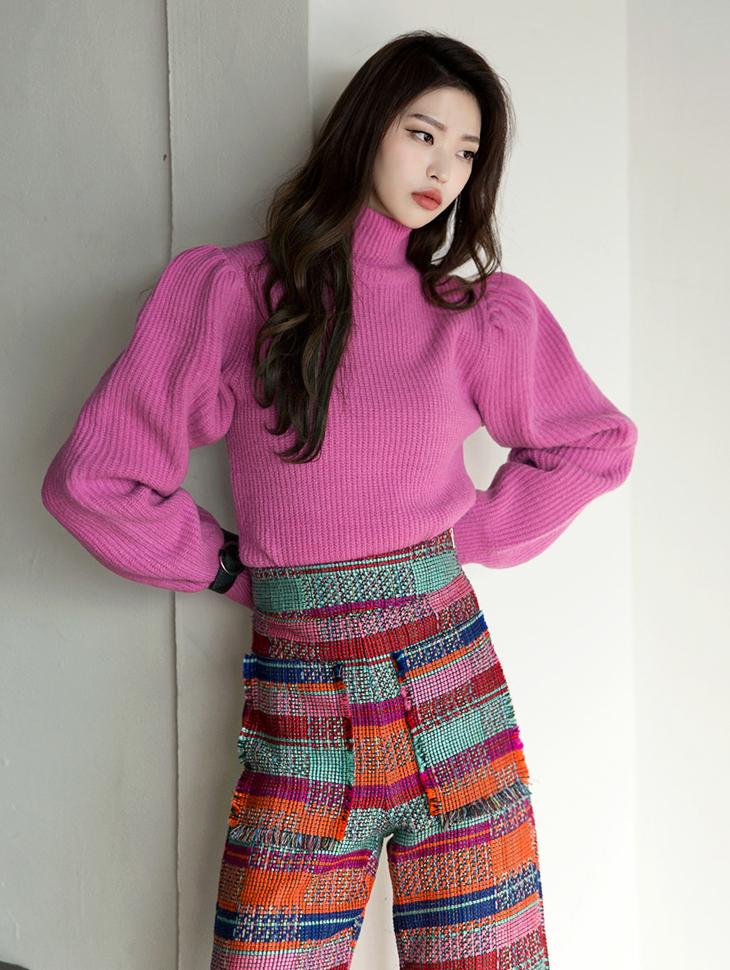 E1875 Classy Puff Knit Top