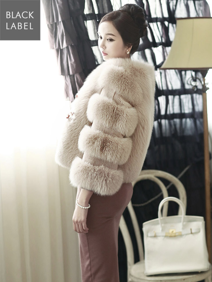 J-3791 Volume Fox Fur Jacket * Black Label *