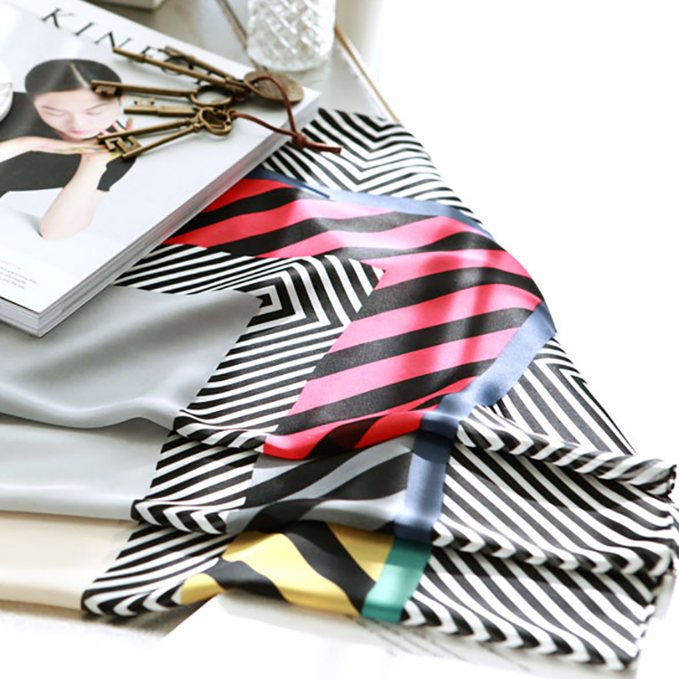 AS-1039 Diagonal square scarf (59reorder)
