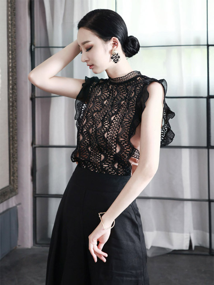 B2021 Lace on Blouse (inner set) (92reorder)