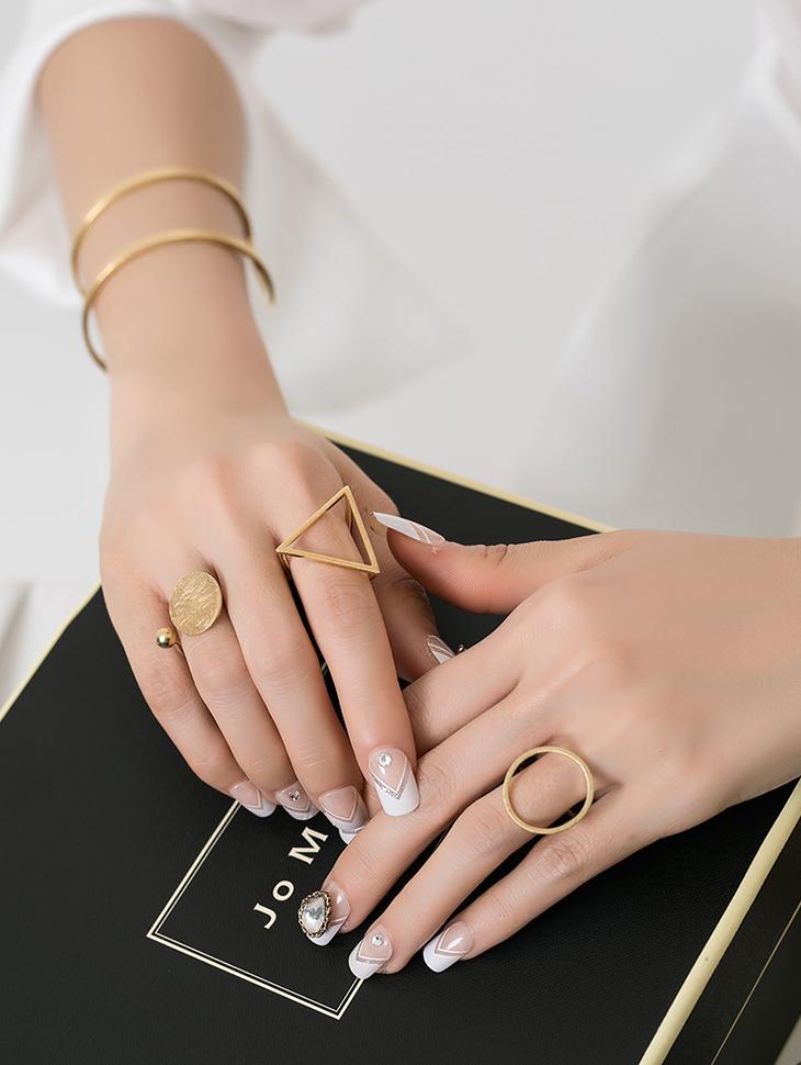 AJ-4124 ring