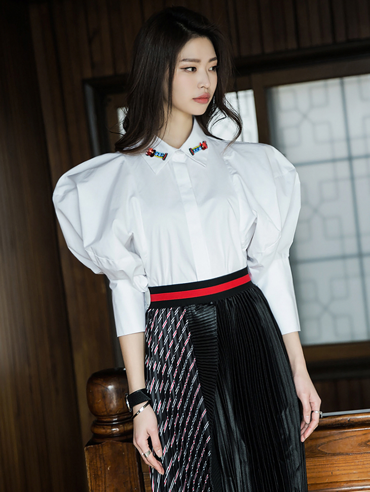 S276 Bijou Kara key point Balloon Shirt