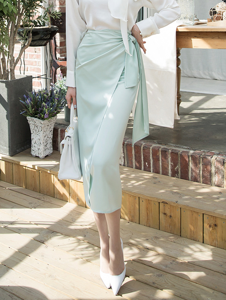 SK1848 Coupé Satin Wrap Skirt