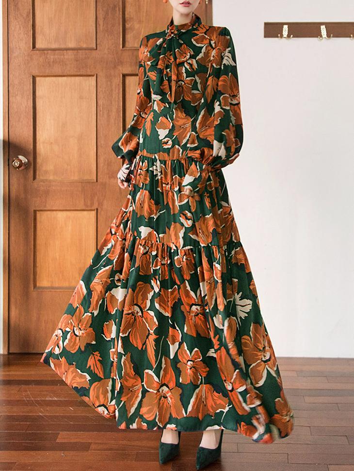 D9048 Laura Half-high neck Flower Dress