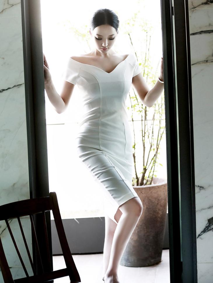 D3299 Release V shoulder Dress * L size * (99reorder)