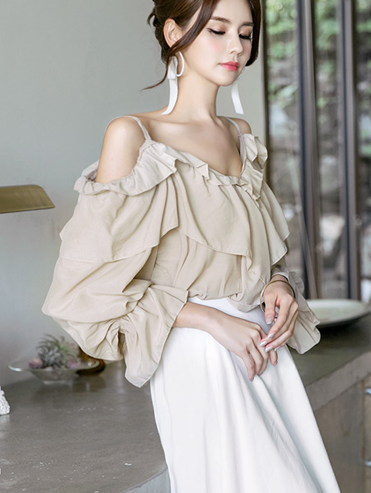 B2223 Delmar opening ruffle Blouse (15reorder)