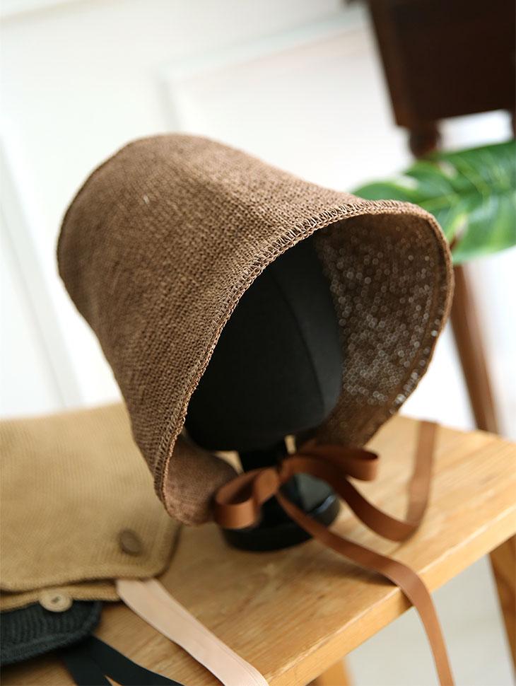 AC-529 Helen Button Bonnet Hat (21reorder)