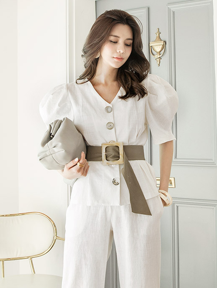 B2435 Tensia Button Point Blouse (6reorder)