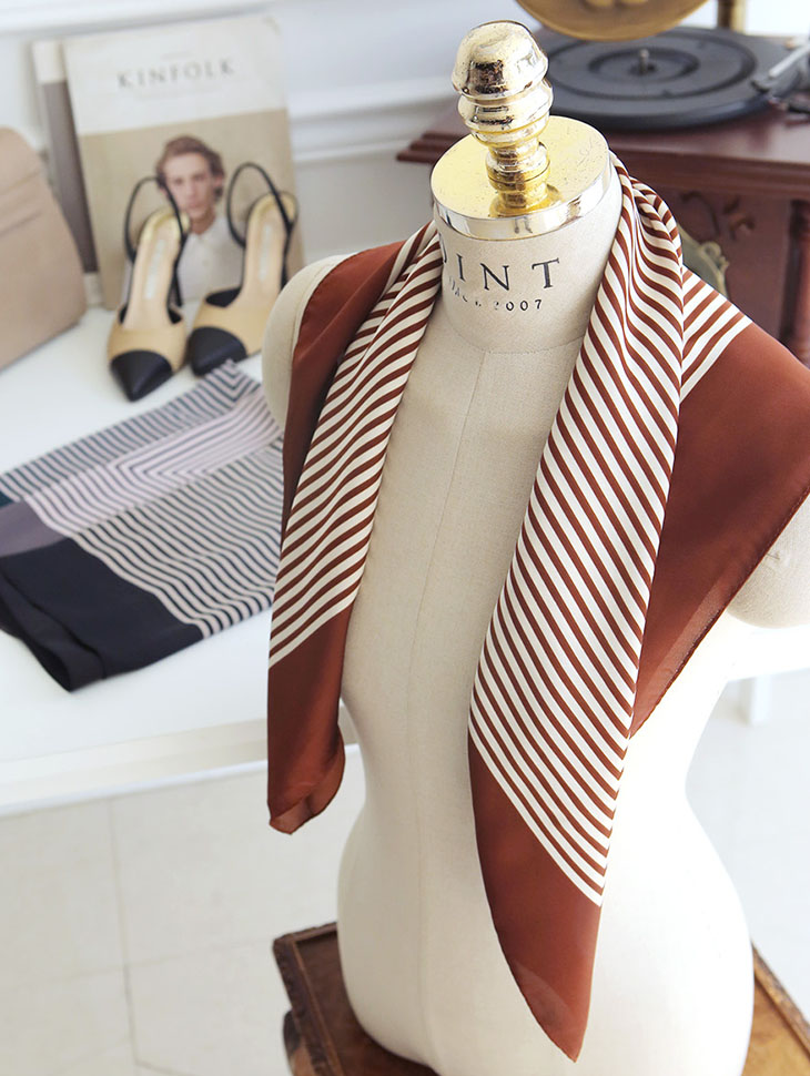 AS-1290 Marquise Scarf