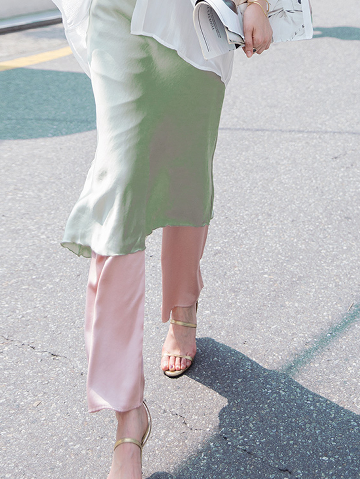 P2080 Celing Glossy Silky Pants