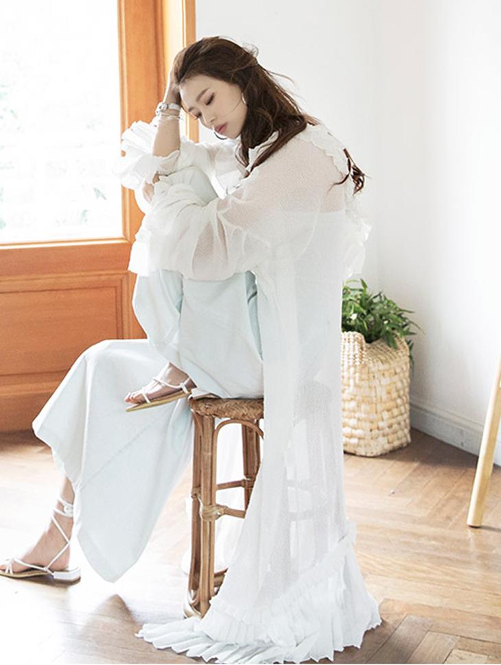 J671 Angel Ring Pleats Ruffle Maxi Robe