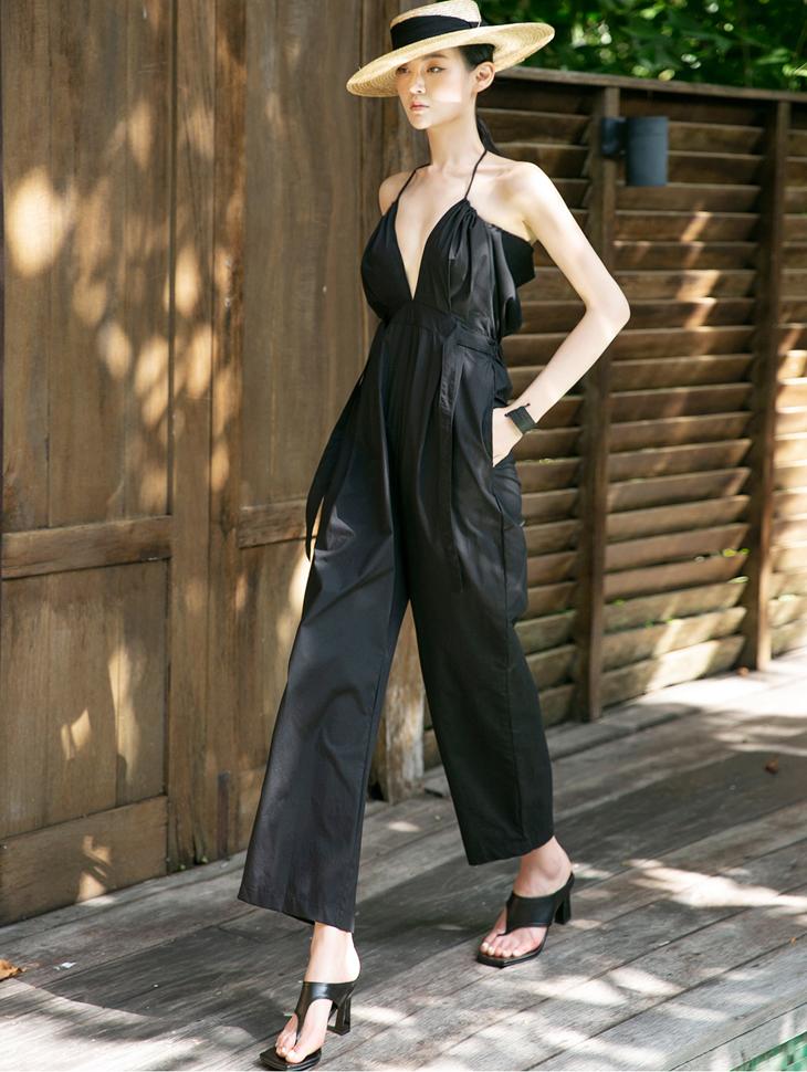 D3851 Kylie Halter Sleeve Jump Suit (wearable as pants)