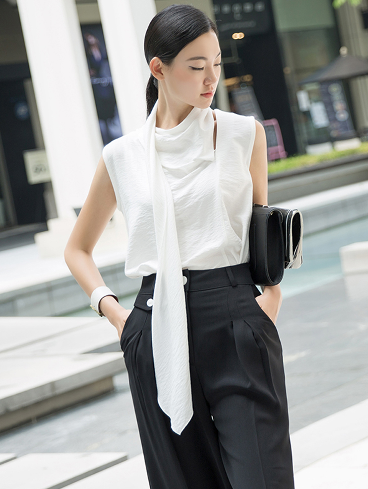B2464 Stand Linen Scarf Blouse