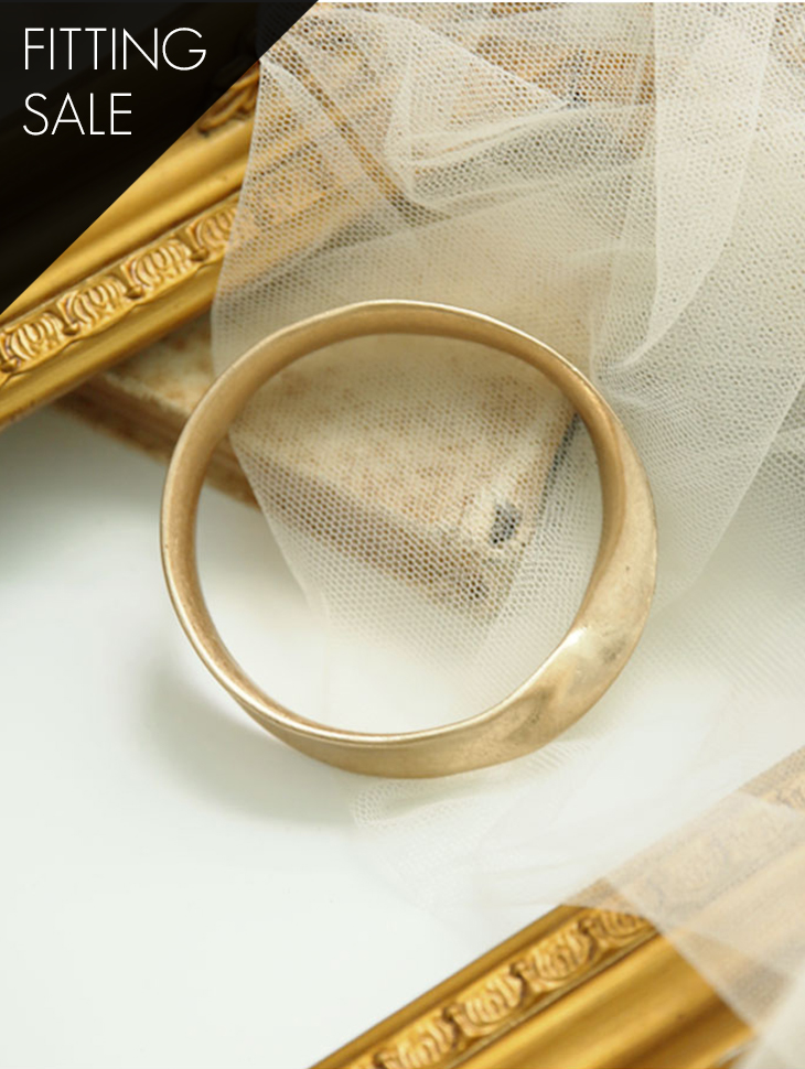 PS1618 bangle * Fitting Sale *