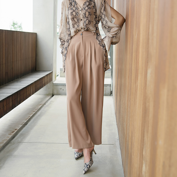 P2136 Rezan pin tuck wide pants
