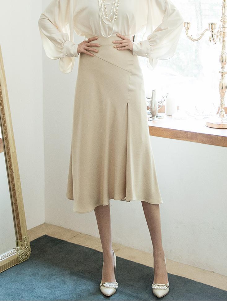 SK1942 caro Long silky Skirt