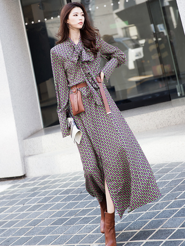 D9108 Square  Frill Scarf Dress