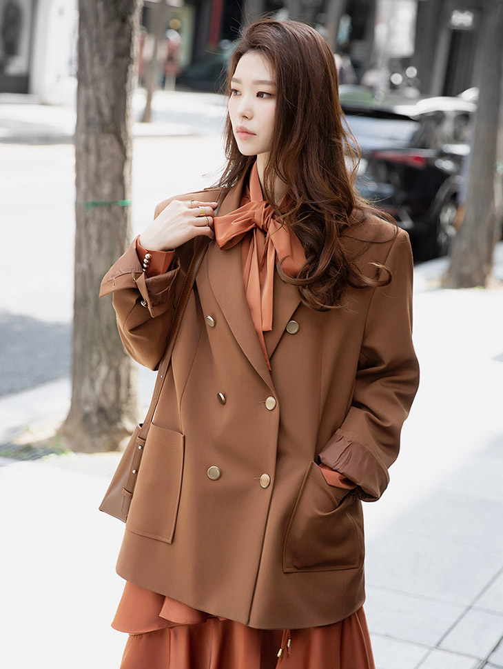 J757 deella Gold Button Boxy Jacket