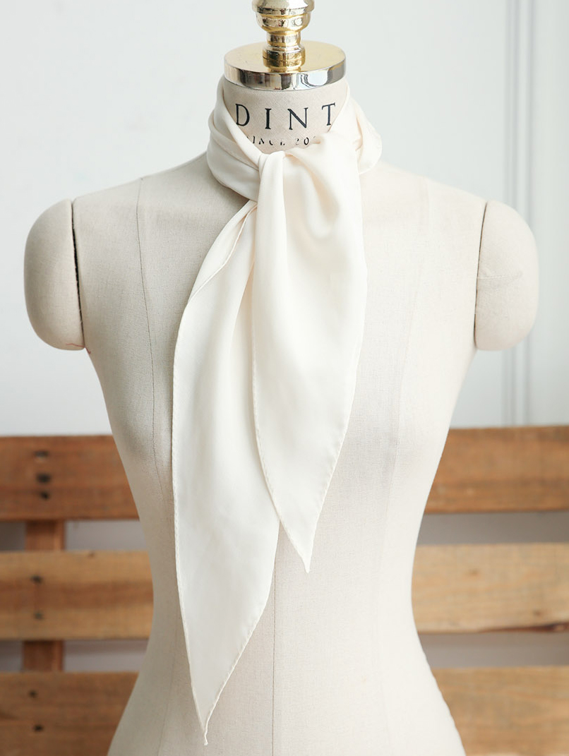 AS-1274 simple line Classic scarf