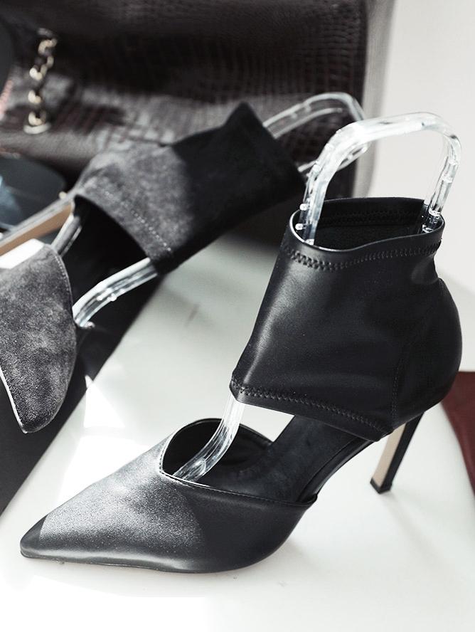AR-2361 Devia Center Open High heels