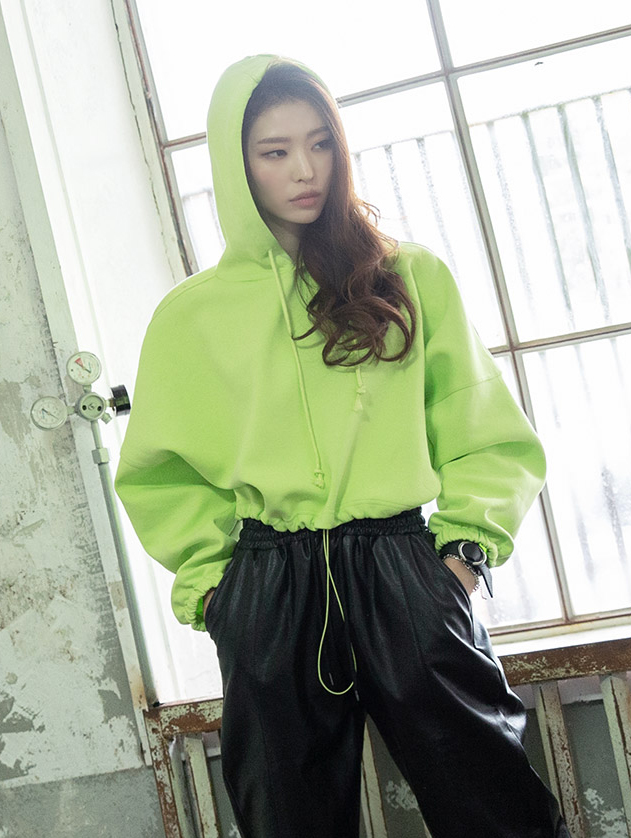 E2083 Shabei Neon Clee Hood Top (3rd REORDER)