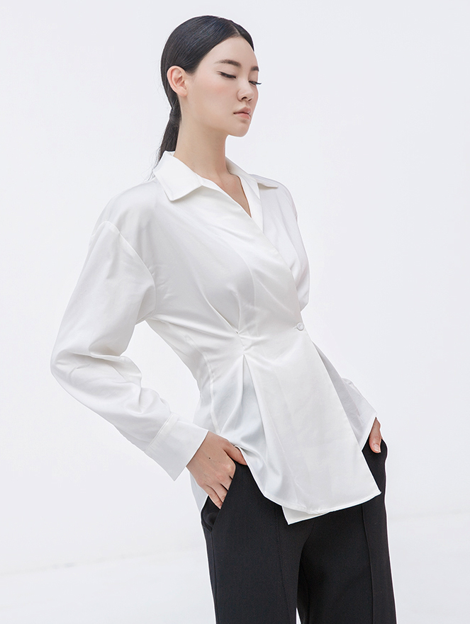S346 Regina Down collar pin tuck Shirt