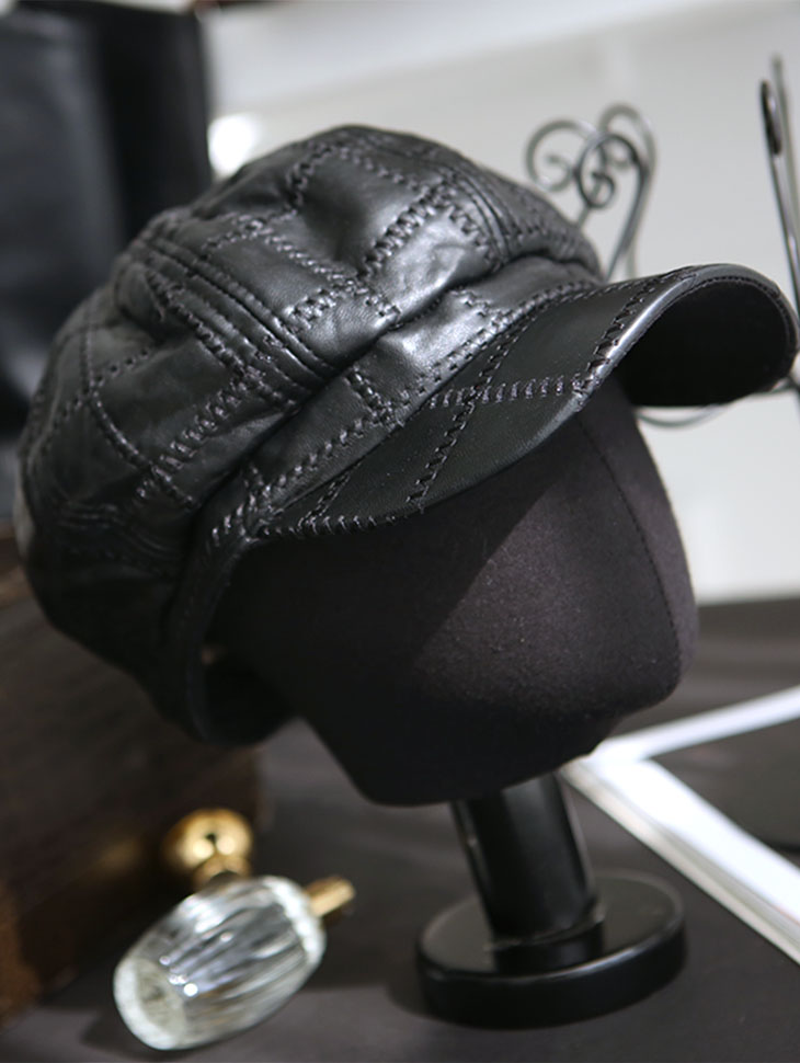 AC-571 Square quilting Leather Beret