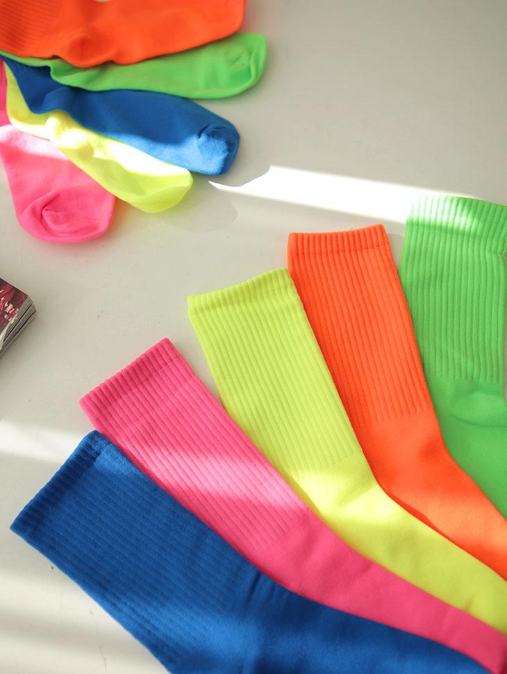 RE-186 sand Vivid socks