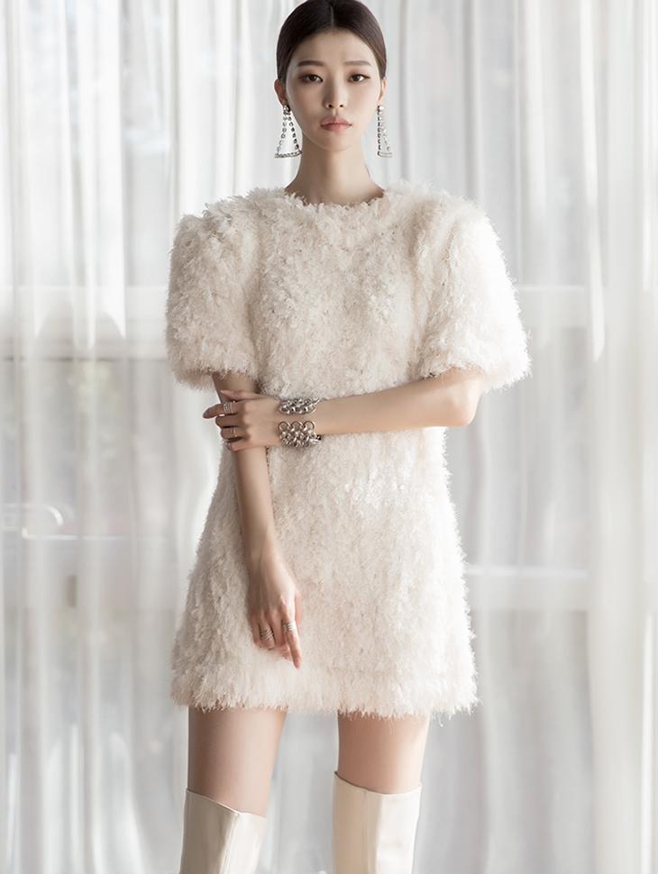 D3957 Million Mini boucle Dress