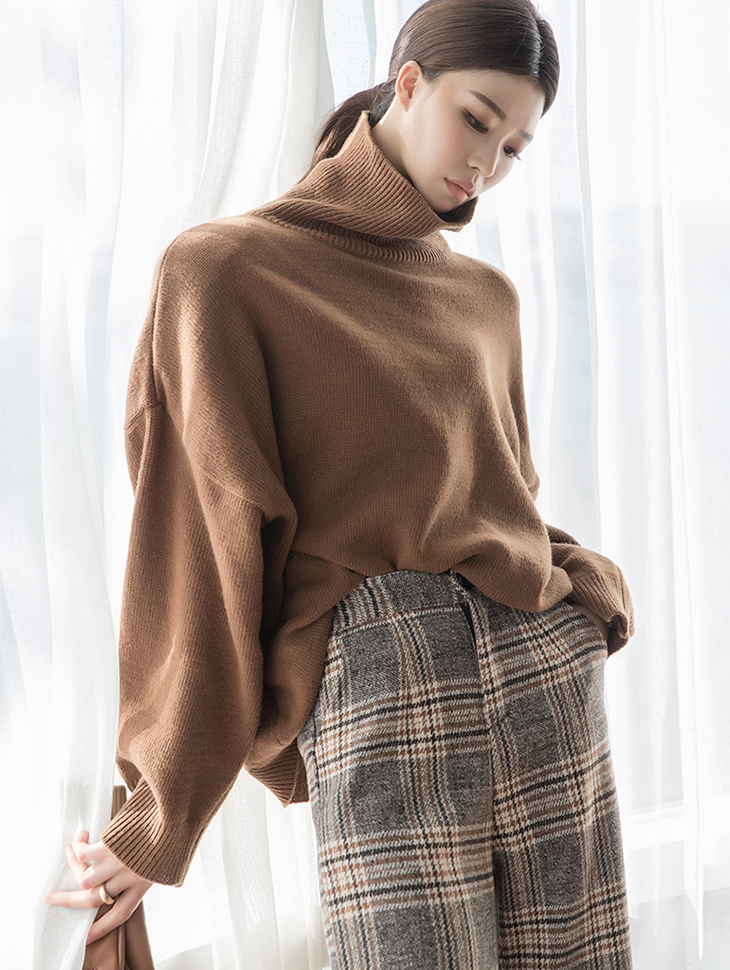 E2145 Wayrun loose fit wool turtleneck Top