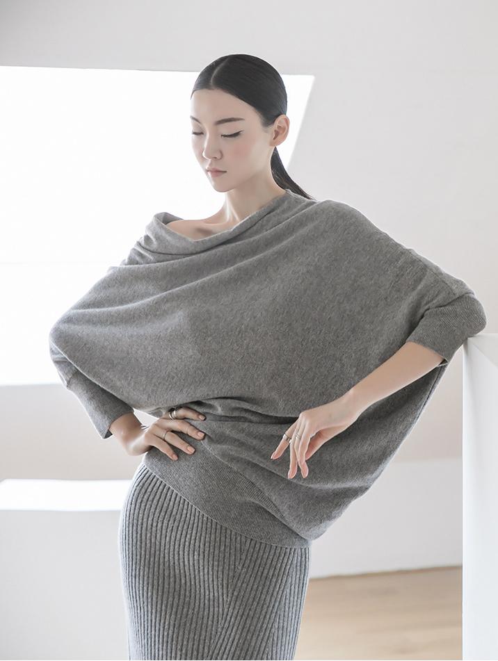 E2162 Shuana One shoulder Reglan cashmere Top (3rd REORDER)