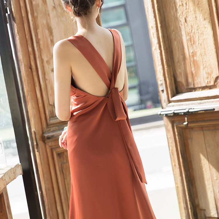D9079 Tirena v Holter Dress