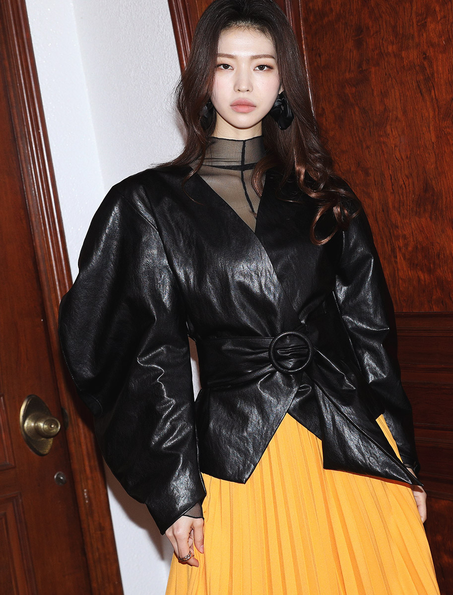 J9049 unique Round Leather Jacket (Belt set)