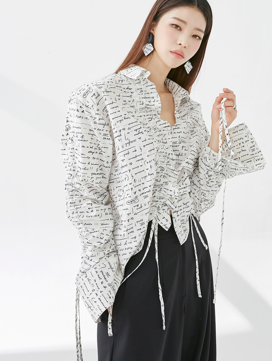 S357 Viewer String Letter Shirt