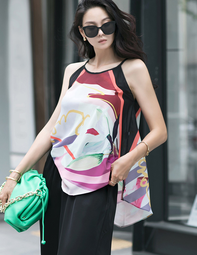 B2599 Color mix Pattern Sleeveless blouse