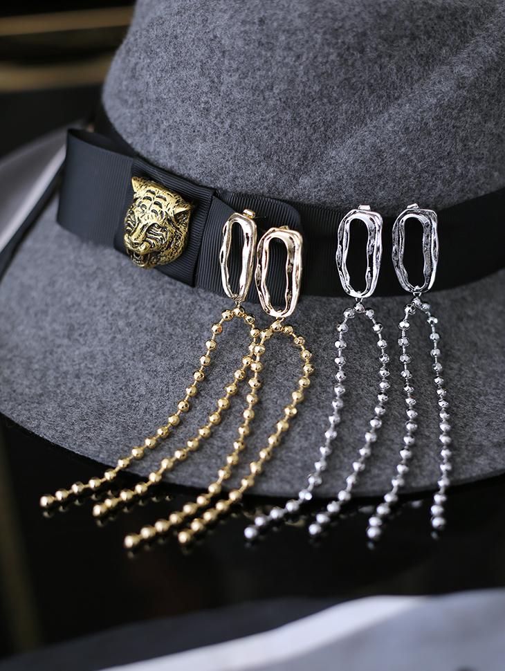 AJ-4172 earring *GOLD*