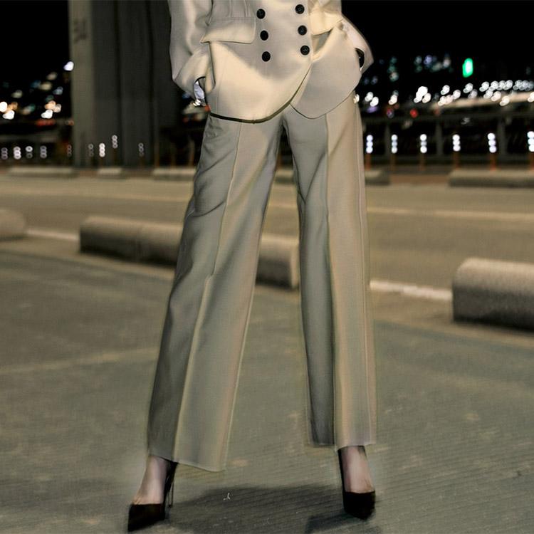 Korean P1920 Classic Modern Line pin tuck wide Silk Pants