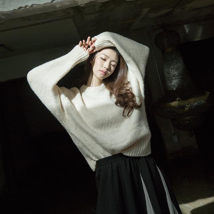 Korean E2107 Bejas simple wool Knit Top