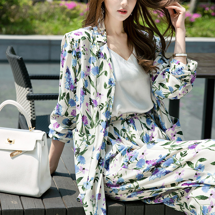 Korean J-4944 센트 Flower Printing Jacket *NAVY MIX*