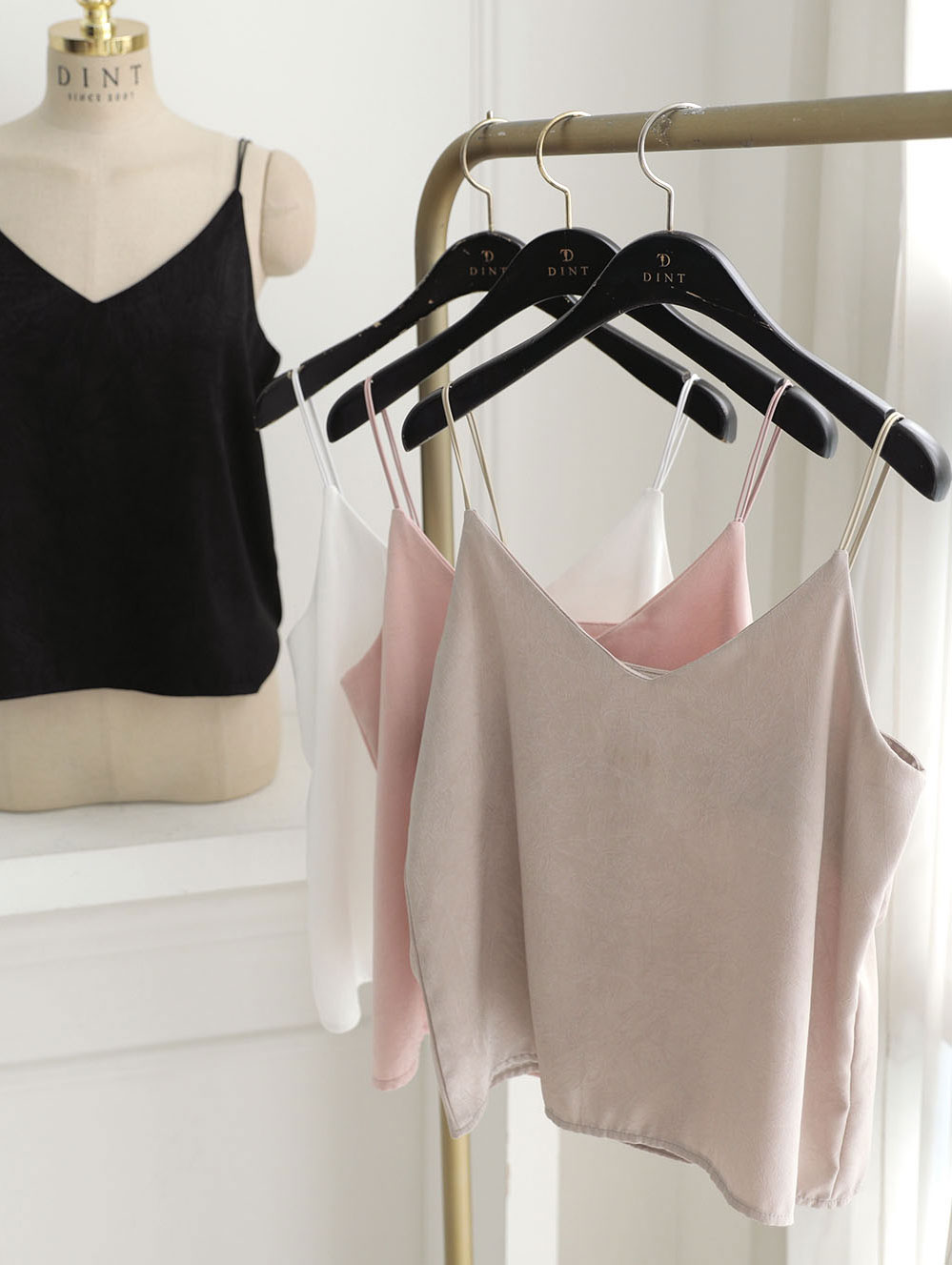 E2049 silky Two String Sleeveless Top(64th REORDER)