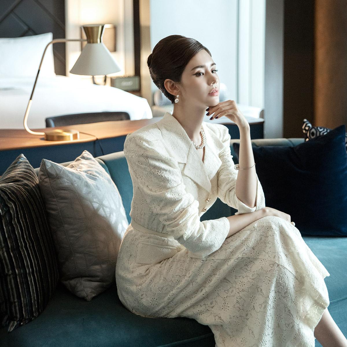 Korean D3907 Luxury Lace Pearl Button Dress (Belt set) (3rd REORDER)