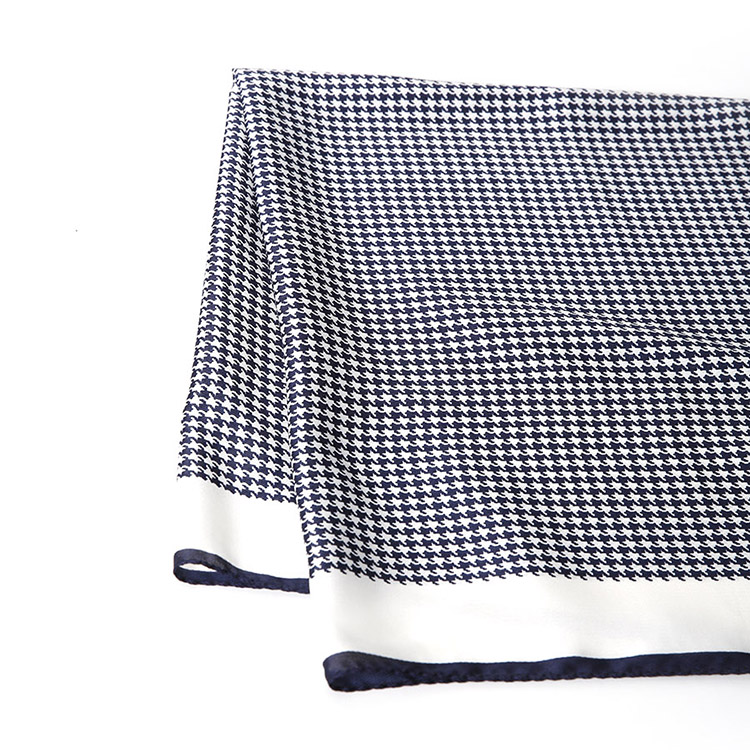 Korean AS-1448  Hound tooth check Point Scarf